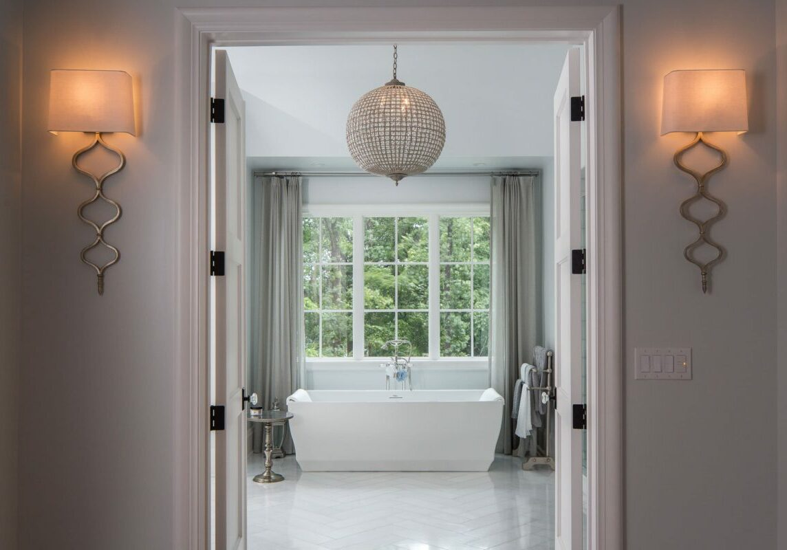 Forest Lane owner's bath